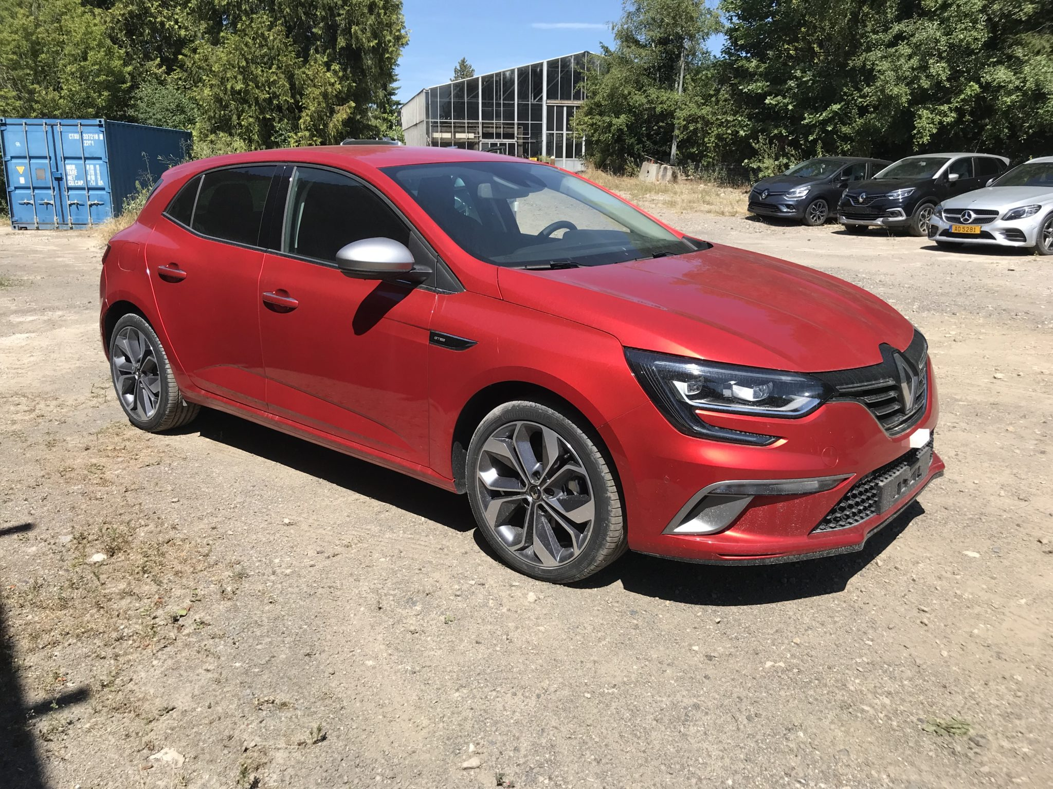 Photo Renault Mégane IV TCe 140 EDC FAP INTENS GT LINE 2 Rouge Flamme